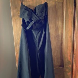 No sleeves, black jumpsuit with front bow NEW!